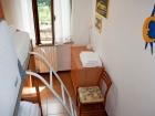 ferienwohnung-torri-del-benaco-mit-pool-Kinderzimmer-0004