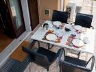 ferienwohnung-torri-del-benaco-mit-pool-Veranda-0002