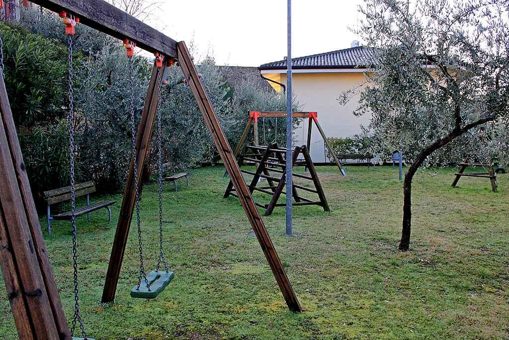 casa-orchidea-torri-del-benaco-parco-giochi