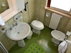 ferienwohnung-torri-del-benaco-mit-pool-2-personen-badezimmer